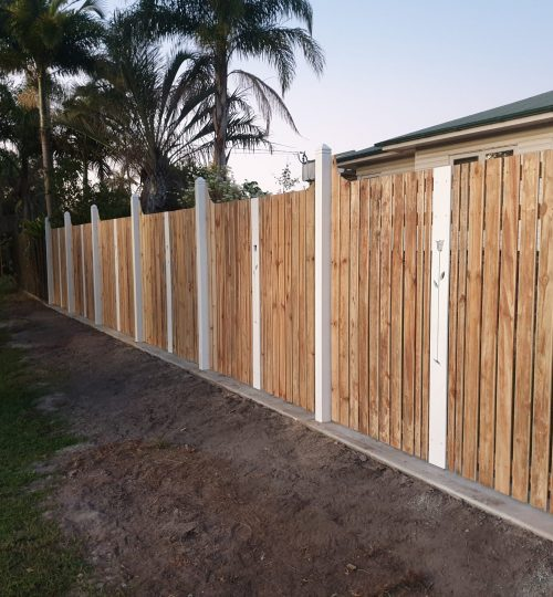 Colonial Style Fencing